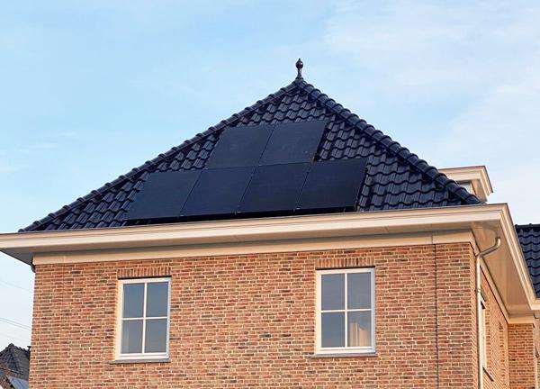 Hoe bespaar ik geld met mijn dak?